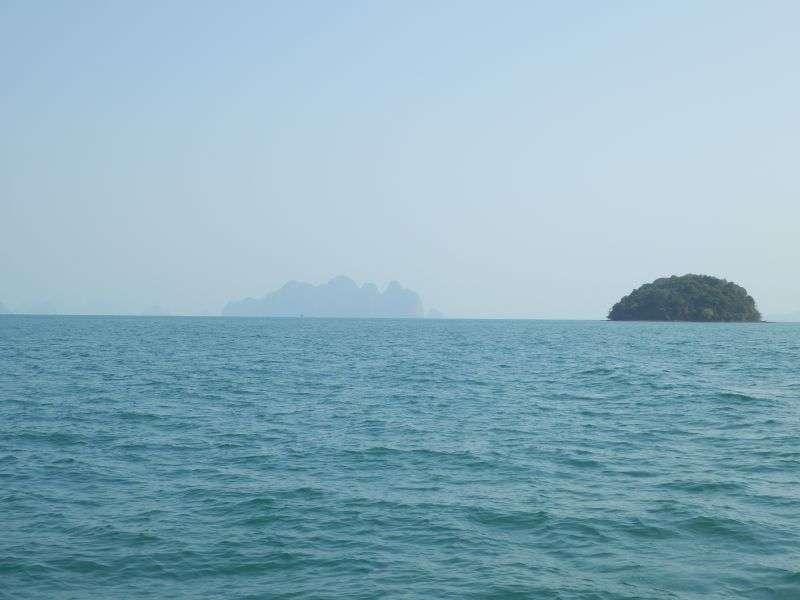 links ist Panak Island