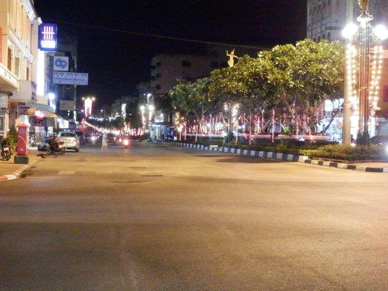 eine Hauptstraße in Trang